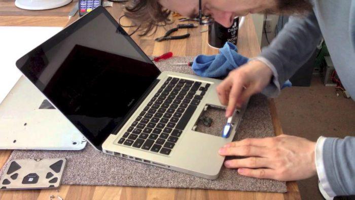 Как включить мышку на клавиатуре ноутбука