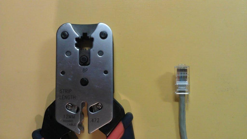 Как обжать интернет-кабель в домашних условиях