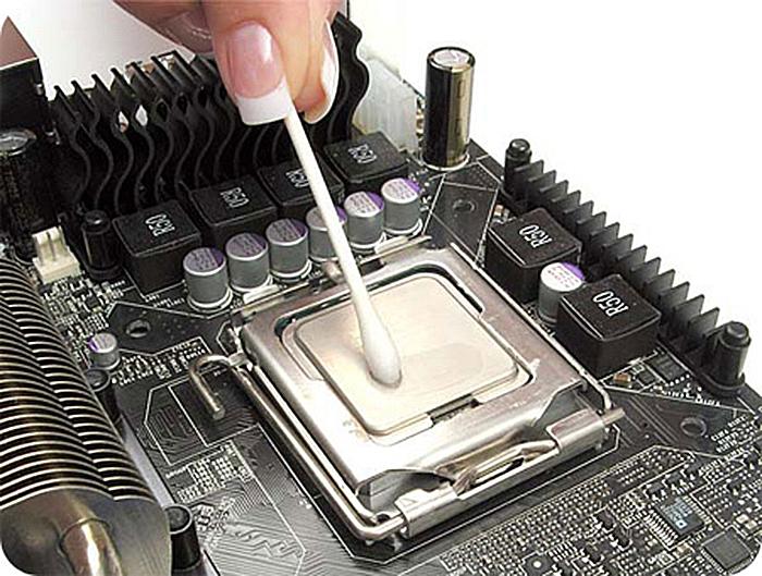 Выключается компьютер сам по себе