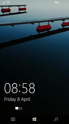 На экране блокировки Windows 10 Mobile появится кнопка запуска камеры